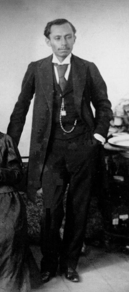 Dr. Gonzalo Castañeda Escobar 1869-1947 (1/5)